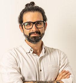Dr. Leandro Medeiros